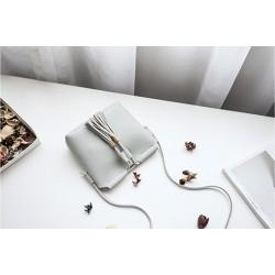 Torebka z frędzlami - biała